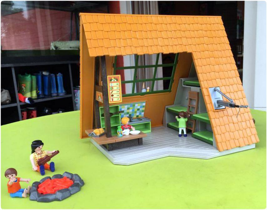 playmobil bungalow summer fun