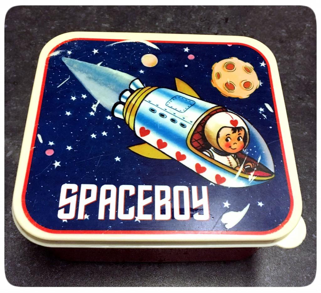space boy brooddoos