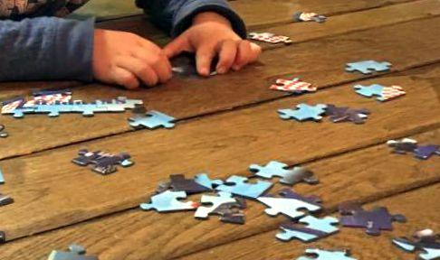 luie zaterdag puzzel planes