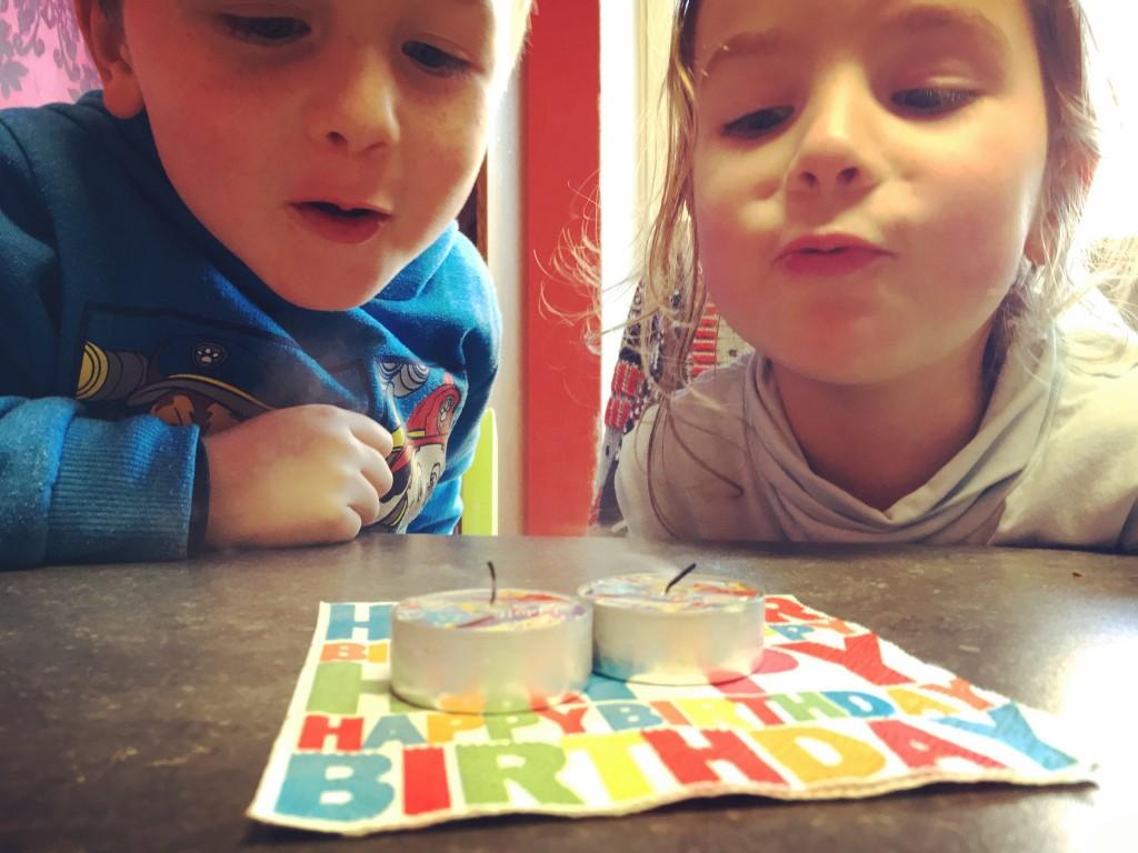 kozi, verjaardag, twins