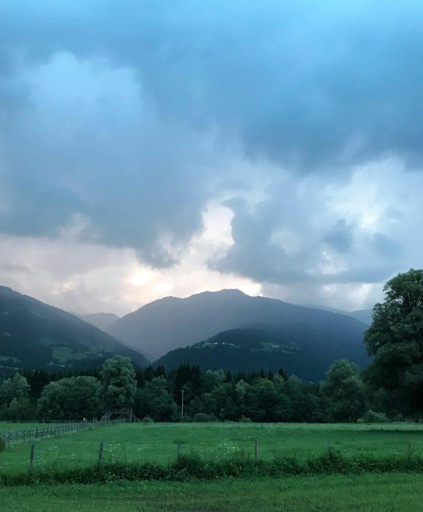 regenweer, karinthie